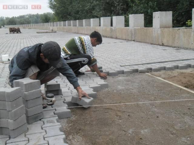 До конца ноября строители обещают завершить все работы. фото портала  BNews.kz