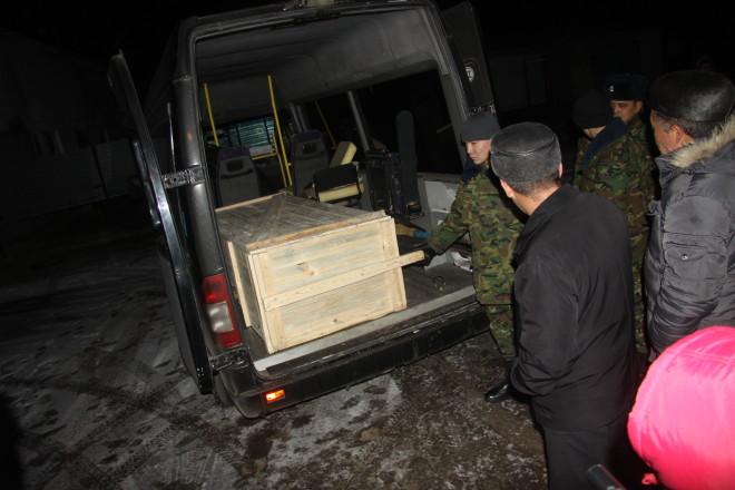 Погибший Бекжан Бауыржанов был старшим сынов в семье. Теперь в семье Казмаганбетовых остался только его братишка, которого вряд ли отправят в армию.