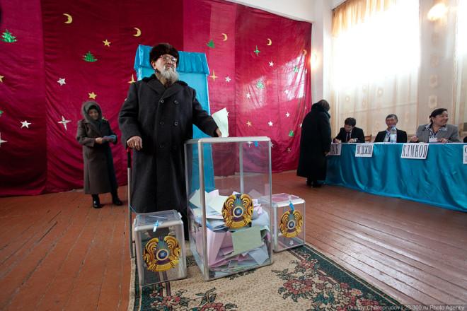 «Сейчас общество не голосует за курс, оно голосует за власть, поскольку голосовать против власти – себе дороже» - фото Дмитрия Чистопрудова