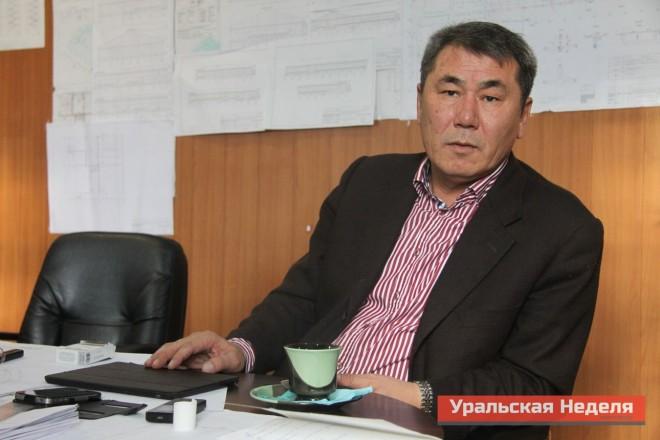 На фото, Бахытжан Кескинбаев
