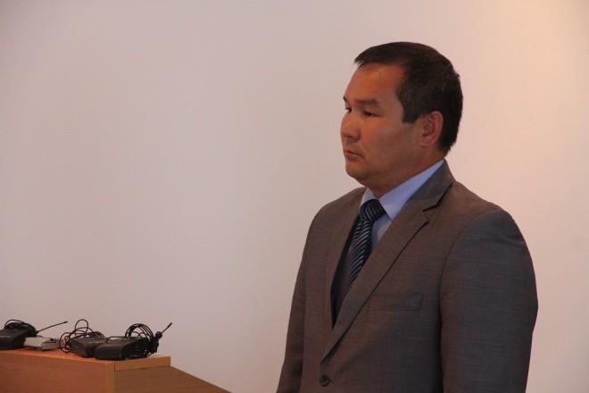 Бауржан Имашев, начальник отдела ЖКХ акимат Таскалинского района, во время заседания дисциплинарного совета ЗКО
