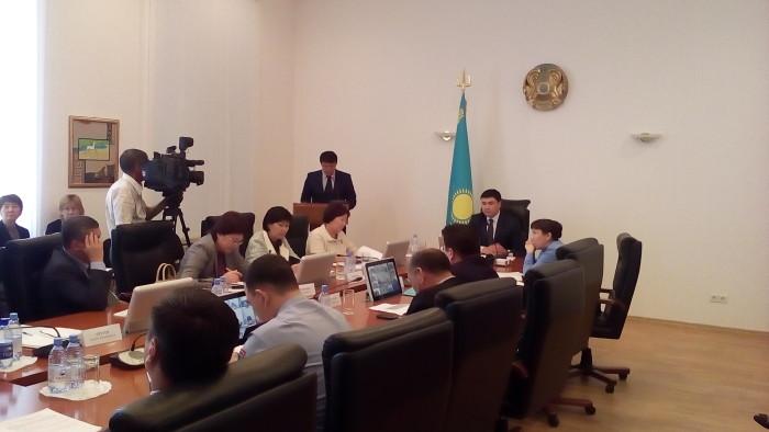 Заседание комиссии по делам несовершеннолетних в акимате ЗКО 9 сентября 2015 года.