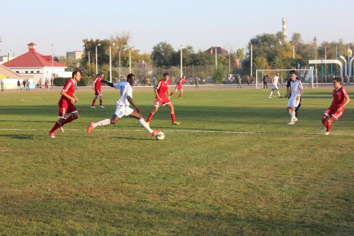 Защитник «Кызыл-Жара» Ндое Эльхаджи
