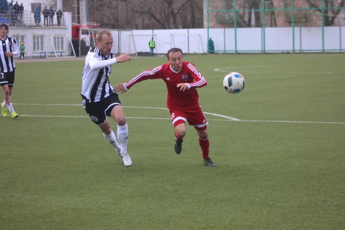 Алексей Мальцев вгнонял мяч в ворота соперника, правда находясь в офсайде