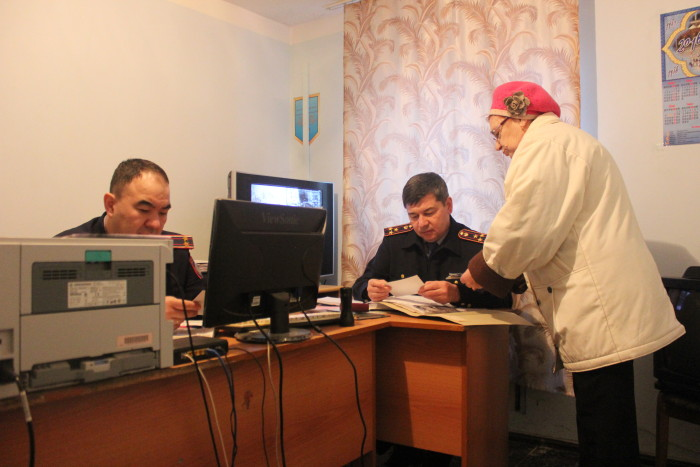 Ольга Николаевна на приёме у главных полицейских
