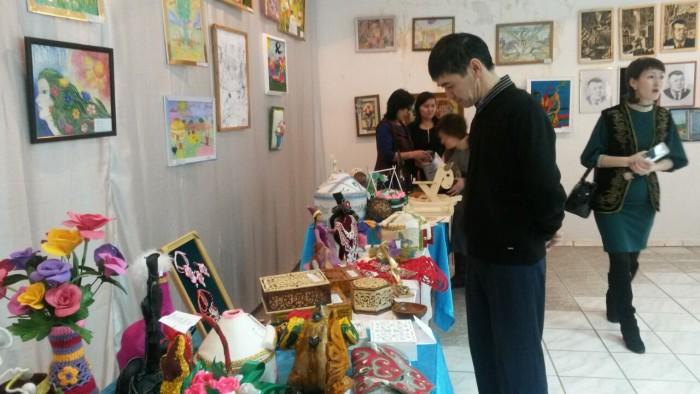 выставка учеников общеобразовательных школ