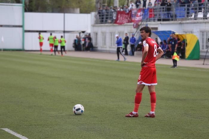 """Лидер """"Актобе"""" Самат Смаков не смог помочь своей команде, получив травму в начале игры"""