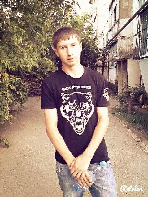 Антон Николаев