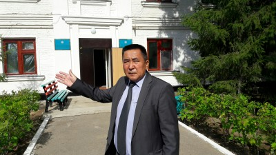 Директор центра для бездомных Рашид Утешев. Фото Bnews.kz
