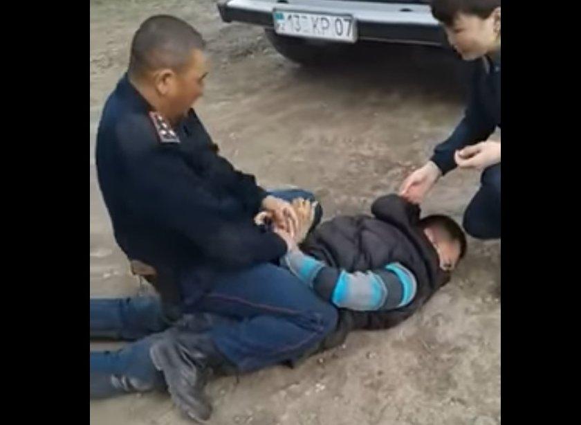 ДВД ЗКО прокомментировало скандальное видео с участием полицейского